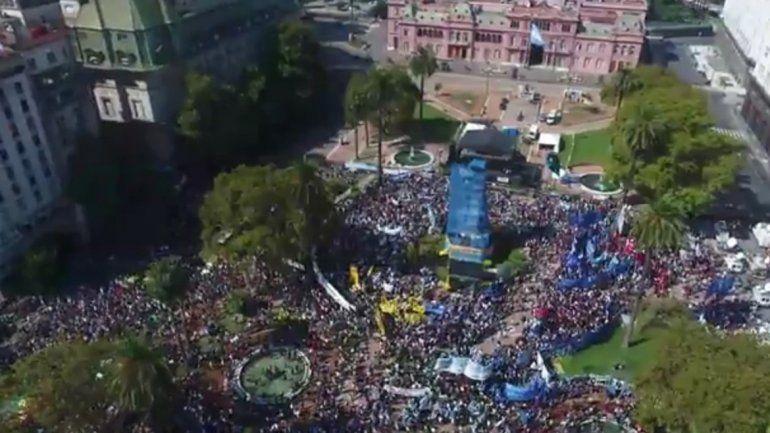Para el Gobierno, el acto por el Día de la Memoria fue opositor y de fanáticos
