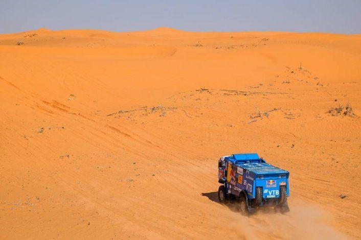 Anton Shibalov logró la victoria en la octava etapa del Dakar 2021.