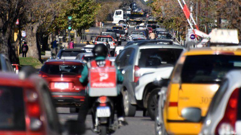 ¿Hay confinamiento estricto este fin de semana en Neuquén?