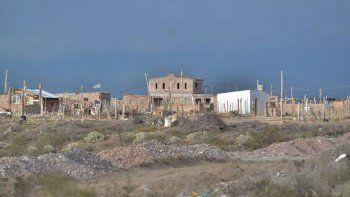 diez dias sin luz: 25 familias reclamaron y cortaron ruta 7