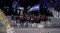 tokio 2020: asi fue el euforico ingreso de la delegacion argentina