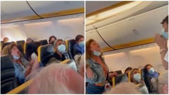 Viral: mujer armó un lío en pleno vuelo porque le exigieron usar la mascarilla.