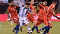 ya juegan argentina y chile en el debut de ambos en la copa america