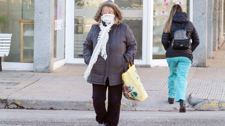 Alertan por tormentas eléctricas en la región y frío polar en la cordillera
