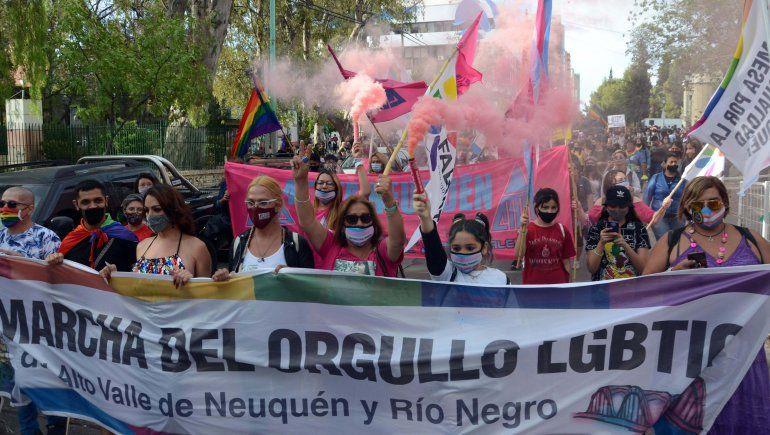 Neuquén marchó con orgullo por los derechos LGBTIQ+