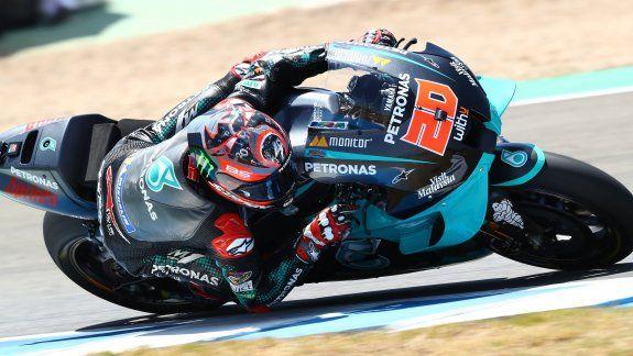 Fabio Quartararo logró su segunda pole position consecutiva en la temporada del Moto GP y Marc Márquez decidió no continuar el fin de semana tras probarse.
