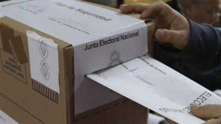 Elecciones: ¿Se puede tomar alcohol durante las PASO?