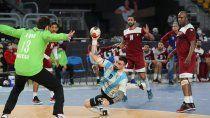 mundial de handball: argentina cayo ante qatar y complico el pase a cuartos