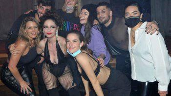 diversion y sensualidad entre los famosos de la academia que fueron a ver sex