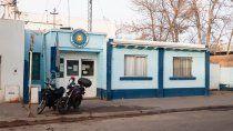 encuentran muerto a un detenido en la comisaria 24 de cipolletti