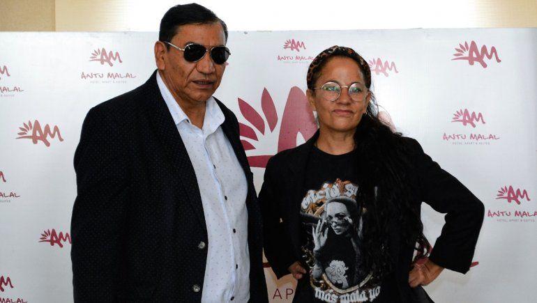 El intendente de Cutral Co, José Rioseco, participó de la conferencia de prensa junto a Miss Bolivia para presentar el show de esta noche.