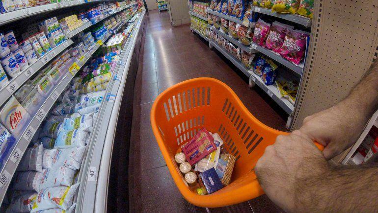 Aumentaron 7% en enero los productos de la canasta básica
