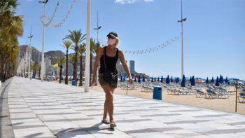 vuelven las restricciones estrictas en cataluna y valencia