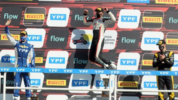 Matías Rossi fue el protagonista que más triunfos logró en la temporada 2020 del automovilismo argentino gracias a sus éxitos en el Súper TC2000 y Top Race.