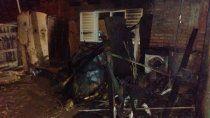 En el barrio Otaño de Plaza Huincul tuvo lugar un violento enfrentamiento a tiros, que también incluyó el incendio de una casa.