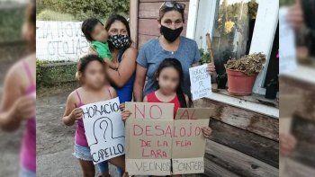 amenazan desalojarlos del terreno en el que viven hace 39 anos