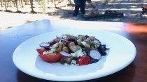 receta: salteado de mollejas y cerezas con ezequiel gonzalez
