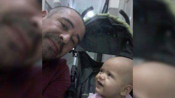 triste regreso a neuquen de una familia junto al ataud de su hija