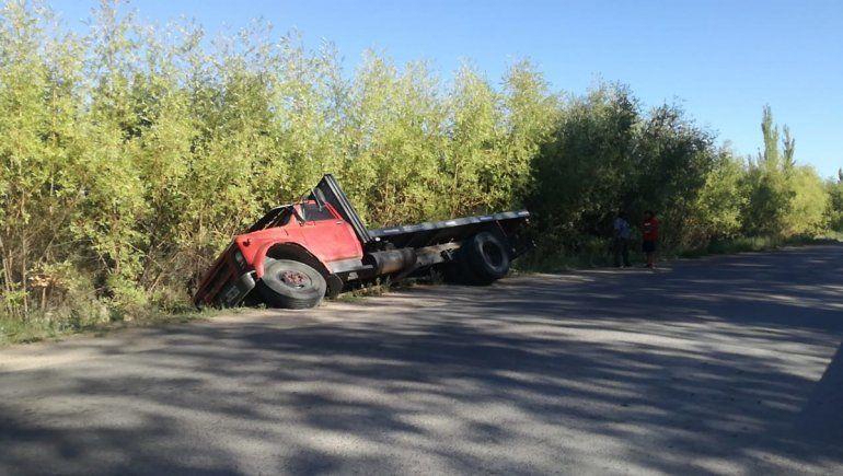 Otro camión perdió el cargamento de peras