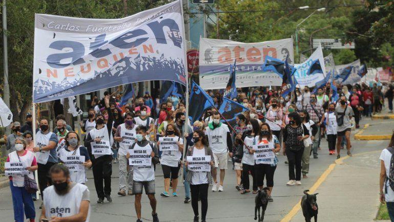 El ciclo lectivo inició en Neuquén con paro y marcha de ATEN