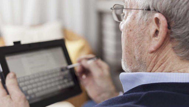 Twitter: el emotivo mensaje de un abuelo a una joven que se queja de vivir. | Foto referencial.