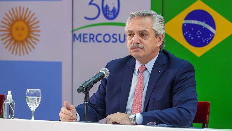 Cumbre del Mercosur: Alberto Fernández y un tiro por elevación a Uruguay
