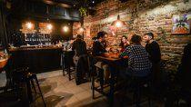 ¿cuanto cuesta una salida low cost por los bares de neuquen?