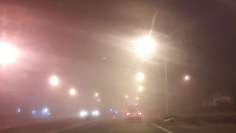 Poca visibilidad por niebla: precaución en rutas y puentes