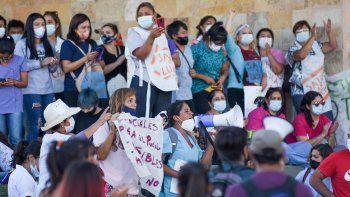 El Gobierno reforzó el bono COVID a $40 mil y Salud rechazó