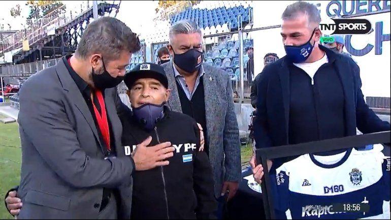 Maradona internado: preocupa su estado de salud