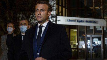 detienen a los padres de dos alumnos del docente decapitado en francia
