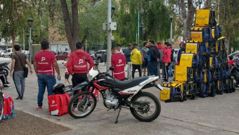 Trabajadores de Glovo y Pedidos Ya esperan una reunión la próxima semana