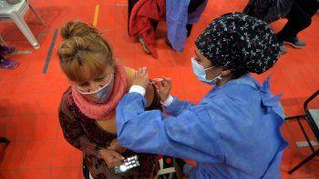 Salud confirmó que el 68% de la población objetivo ya fue vacunado