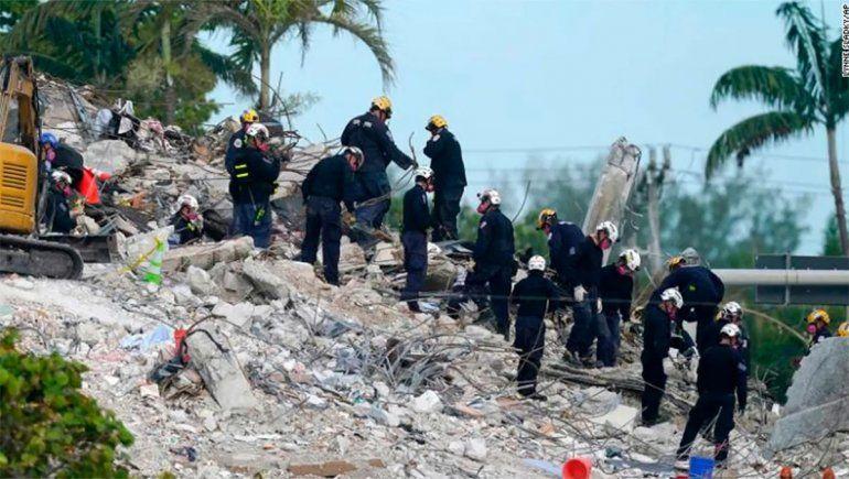 Hallan otros cuatro cuerpos y ya son 36 las víctimas del derrumbe en Miami