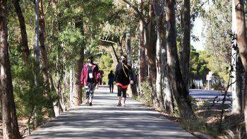 El tiempo en Neuquén: ¿Un domingo con lloviznas y brisas frescas?