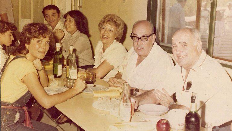 Agustín Orejas, Carmen Sanmartín, Silvia Salgado y esposo, Víctor Hugo Reynoso y esposa.