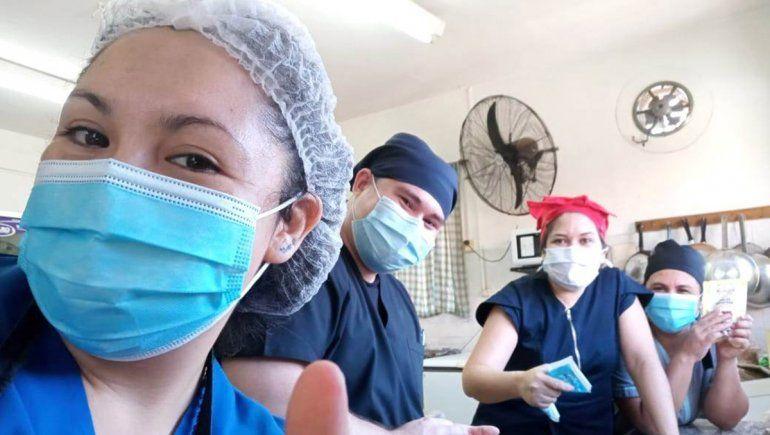 En el hospital de Zapala llevaron el espíritu de Pascuas a los más chicos