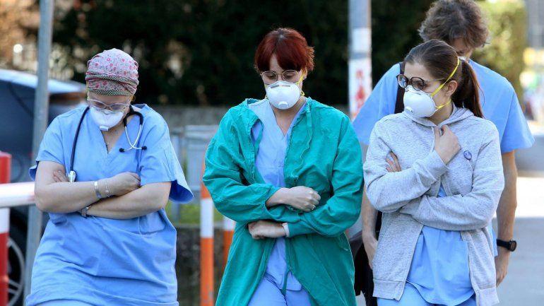 Durante el miércoles el país registró 10.332 casos y 241 muertes