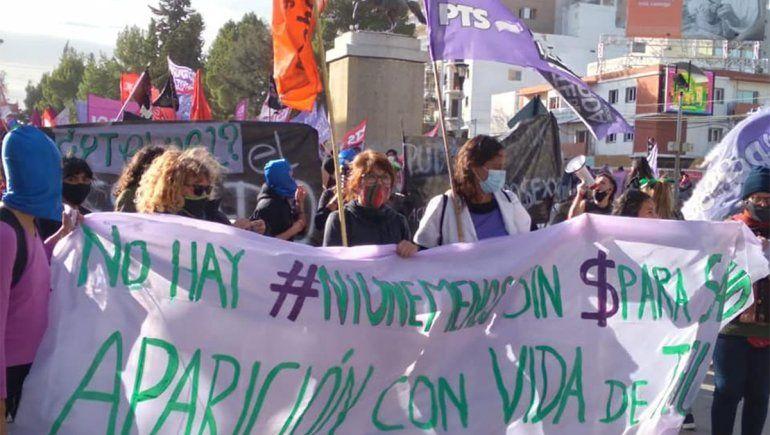 Marcharon por Ni Una Menos en Neuquén, Zapala y Cutral Co