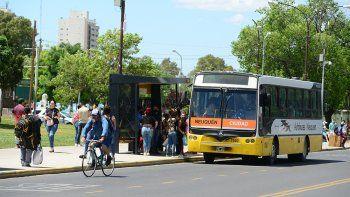 Choferes de Autobuses Neuquén levantaron el paro hasta las 20
