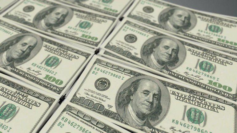 Dólar: no se pueden comprar pero no hay limitación para el retiro