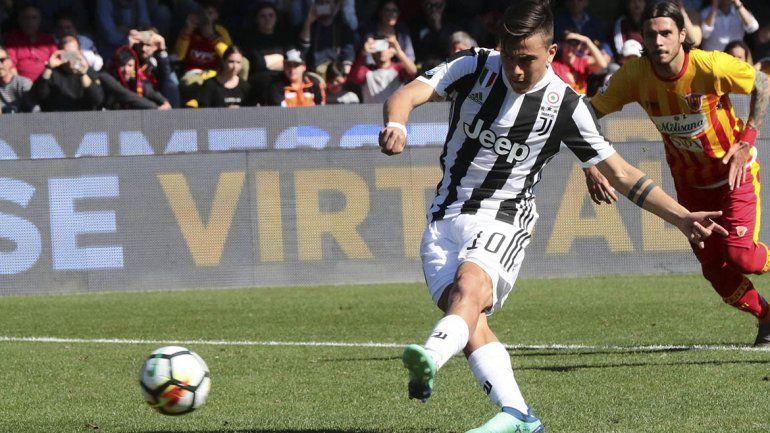 Hat trick de Dybala en la victoria de Juventus  a Benevento