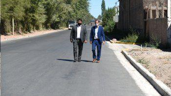 gutierrez recorrio obras de asfalto en neuquen capital