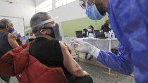 ¿que tomar ante sintomas secundarios tras recibir la vacuna contra el covid?