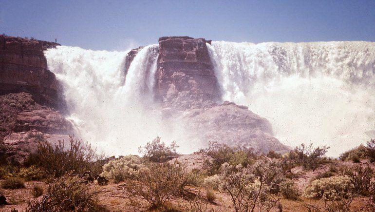 Galería de fotos: así de impactantes fueron las cataratas de Mari Menuco