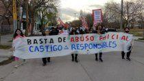 marcharon contra el abuso policial hasta la comisaria quinta