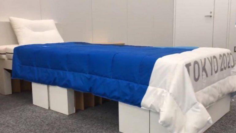 Viral: atleta desmintió que las camas de los Juegos Olímpicos sean anti sexo