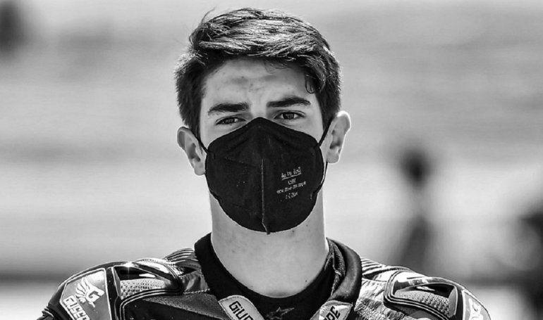 Conmoción: muere motociclista de 15 años tras ser atropellado en plena carrera