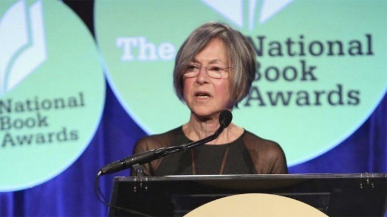 La poeta Louise Glück ganó el Premio Nobel de Literatura