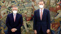 alberto fernandez en espana: se reunio con el presidente y el rey